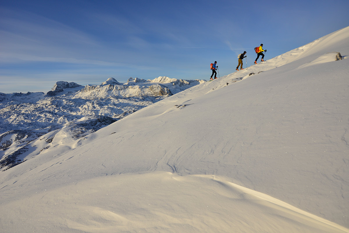 Dachstein ski school - ski touring courses for beginners